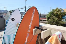 Lerne Surfen mitten in der Stadt!